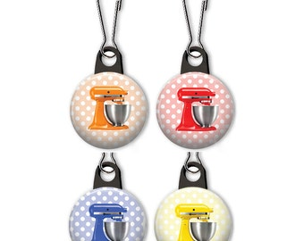 Stand mixer zipper pull.  Stand mixer charm.  Stand mixer on polka dot background.
