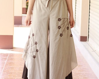 P017---Cotton pants with flowers embroidery.