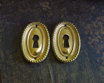 Vintage Keyhole Cover Ornate Brass Skeleton Key Hole Door Escutcheon Cover