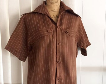 Sale Vintage Guy's Hip 1960's Era Button Loop Shirt in Brown and White Stripe - Size M
