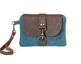 Smartphone Wristlet Wallet - Blue Clutch Purse - Wallet Wristlet - Cell Phone Wristlet - Cell Phone Bag