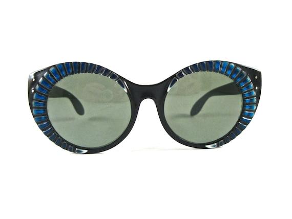 9e21fe1aa Vintage Ray Ban Sunglasses For Sale | City of Kenmore, Washington