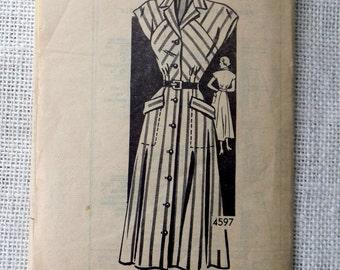 Mail order 4597 Vintage pattern 1940s 1950s dress pattern shirtwaist dress collar 1940s 1950s new look  Bust 32