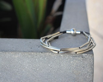 Multiple Metal Black Strand Minimalist Magnetic Bracelet