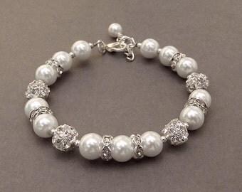 Swarovski White Pearl Bracelet, Beaded Bridal Jewelry, Crystal Pearl Bracelet, White Bridesmaid Bracelet, Wedding Jewelry
