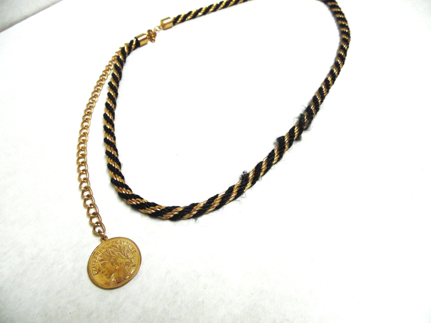Black And Gold Chain Belt Coin