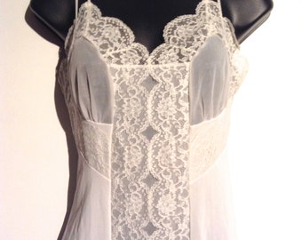 White slip or Nightgown.   All Nylon, Sheer chiffon Detail.  Munsingwear, size 32 tall.  Vintage 1960.  New Old Stock.