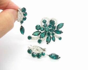 Eisenberg Rhinestone Brooch Earrings Set. Emerald Green Ice Crystal Ribbons. Dangle Earrings. Vintage Rhinestone Jewelry