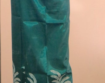 Green Silk Fisherman Pants with Floral Silk Screen from Thailand