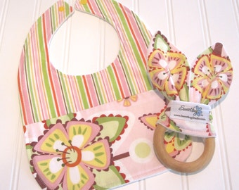 CLEARANCE/Newborn Gift Set/Infant Bib & Teether/Floral/Organic Fleece Back