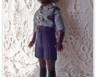 Vintage Doll, Unusual Doll,Vintage Plastic 1950's/60's Bermuda Police Doll, Petite Dolls, Bermudian Vintage Doll