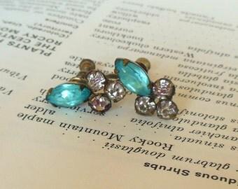 Vintage Screw Back Earrings Rhinestones Blue Silver Marquis Small 50's (item 120)
