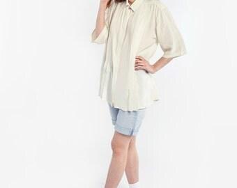 Lightweight Cream Shirt with Short Sleeves