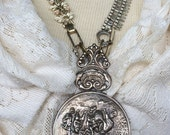 Antique Hand Mirror penda...