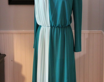 Vintage Teal and Mint Green Wool Crepe Long Sleeve Dress