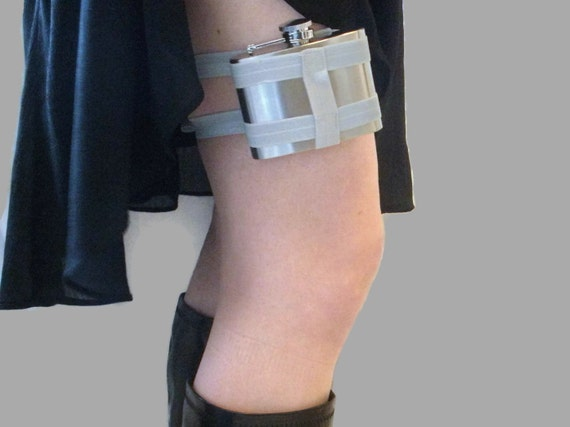 Adjustable Flask Garter 4oz Flask - Light Grey - cute and useful industrial fashion accessory