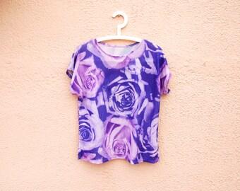 Vintage 90s Top/ Digital Print T-shirt/ Roses Tee -Sparkling Effect fabric - Purple / Clubkid -Seapunk- Raver