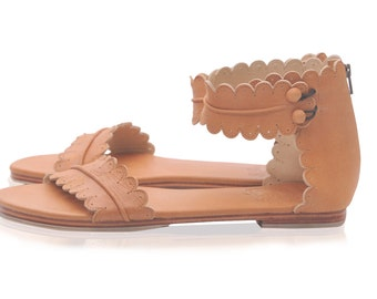 MIDSUMMER. Leather sandals / women shoes / leather shoes / barefoot sandals / flats. sizes 35-43. Available in different leather colors