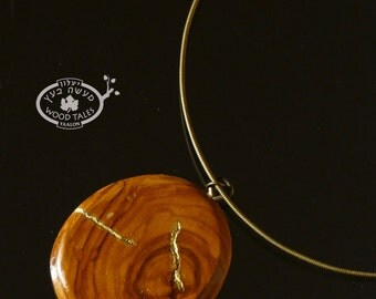 Attractive Handcarved Wooden  Pendant