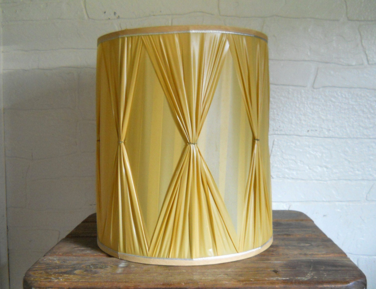 mid century lampshade drum lamp shade large by eclecticvintagehome. Black Bedroom Furniture Sets. Home Design Ideas