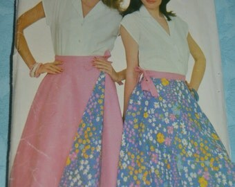 See and Sew 5037 Misses Blouse and Reversible Skirt Sewing Pattern UNCUT Size 8 10 12 14 16 18
