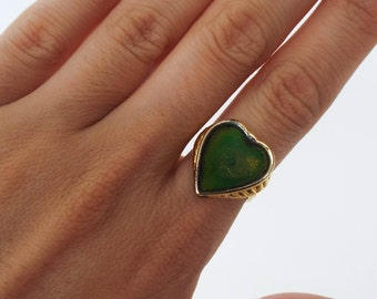 Vintage 70s Gold Plated Heart-Shaped Mood Ring