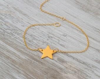Star Bracelet Initial Bracelet Gold Monogram Bracelet Letter Charm Layered Bracelet Everyday jewelry Rose Gold Bracelet bridesmaid gift