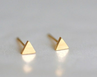 Tiny Triangle Stud Earrings, Gold, Tiny Triangle, Minimalist Earring, Minimal Jewelry, Geometric Jewellery, Birthday Gift For Her, Chic, PS4