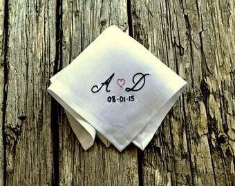 Sweetheart Handkerchief, New Couple Wedding Hankerchief with Date, Wedding Gift, Bride Hankerchief, Groom Pocket Square, Wedding Day Hankie