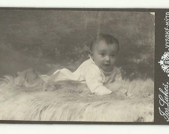 CDV Photo Baby Vintage Cabinet Portrait Old Antique Collectibles Repurpose Recycle