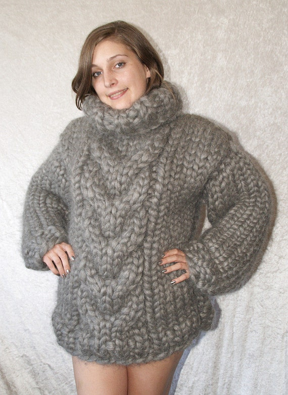To order 7-9kg gigantic monster sweater chunky turtleneck