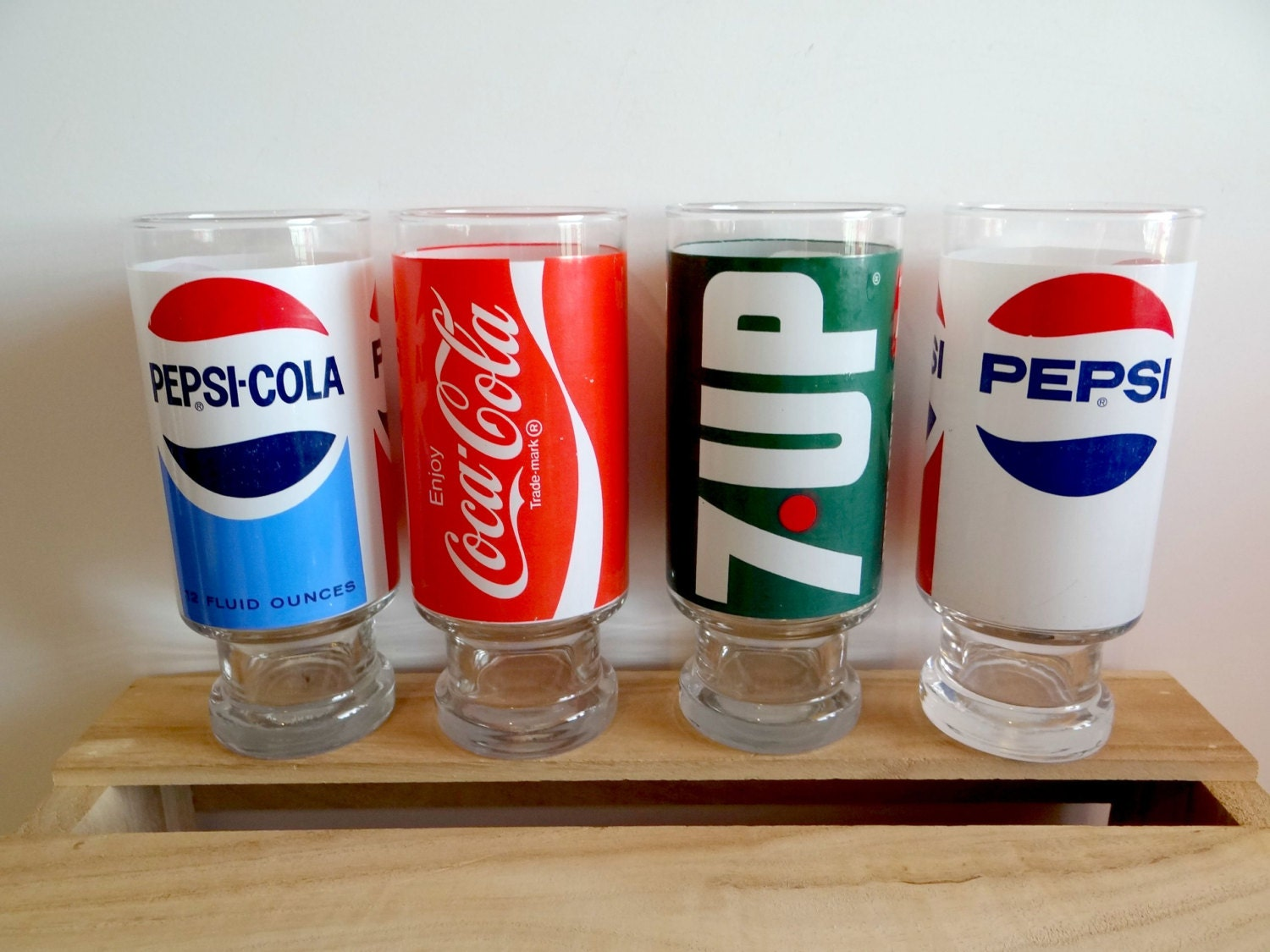 Vintage Pepsi Coca Cola And 7up Glasses Set Of 4 1970s