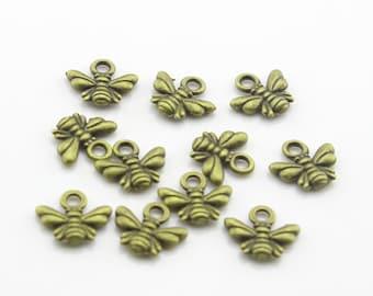 50pcs 10x11mm Cute Antique Bronze Bee Charms Pendant