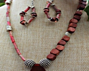 Asymmetric Wood and Stone Bead Necklace Set