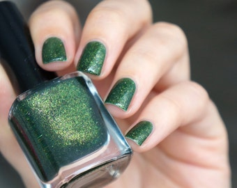 Holographic glitter nail polish - 'Fall in green''