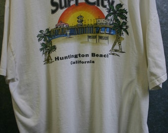 Size 2X Huntington Beach Surf City Two Sided Tee Nice and Worn and Comfy, Ready To Go Fast!
