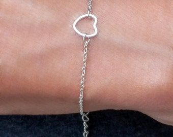 Simple Silver Heart Bracelet. Silver Chain. Silver Heart Bracelet. Simple Bracelet. Minimalist Bracelet. Tiny Chain. Cute Heart. Valentines
