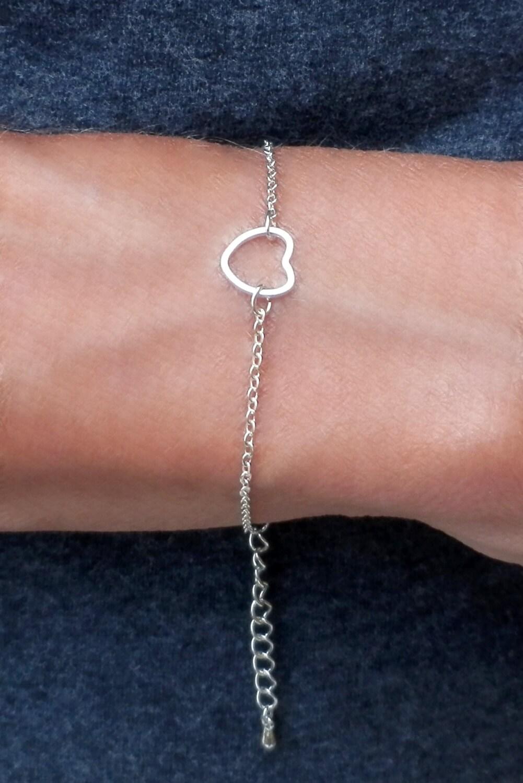 Simple Silver Heart Bracelet. Silver Chain. Silver Heart