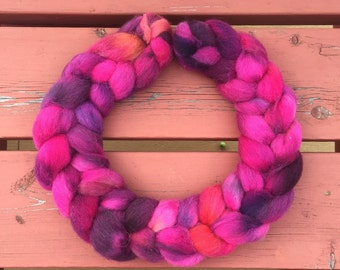 Cherry Stained Hands Fine Shetland Braided Top, 4oz Spinning Fiber Combed Top Wool Spinning Braid Pink Wool 7th Wool Anniversary