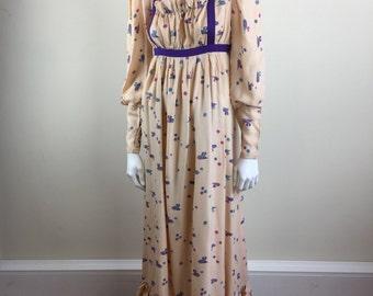 novelty mouse print pale pink empire waist maxi dress 70s