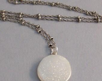 White Druzy,Necklace,Druzy,Drusy,Druzie,Necklace,Durzy Necklace,Agate,Geode,Birthstone Necklace,White Stone,White Druzy.SeaMaidenJewelry