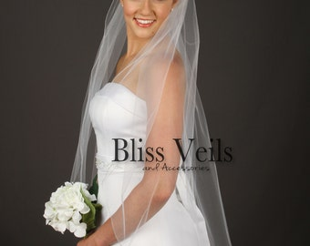 Fingertip Length Bridal Veil, Pencil Edge Veil,  Soft Tulle Veil, Ivory Fingertip Veil, 1 Tier Veil, Available in any length!