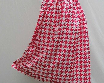 Plus size Skirt, red and white skirt, houndstooth skirt, 1x 2x 3x 4x 5x skirt, up to AU 26 UK 24 Us 22, OOAK skirt, one of a kind, upcycled