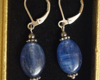 Blue Kyanite Earrings Cleansing, Spiritual and Clairvoyant, Recovery after surgery or accident. Unlimited positive energy