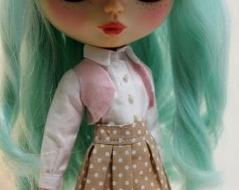 Blythe or similar doll skirt