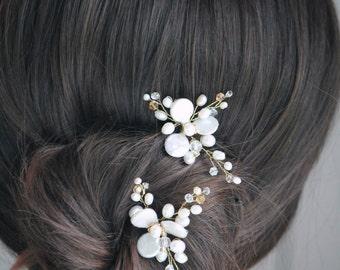 Bridal hair pins / Bridal pearl pins / Bridal accessories / Bridal headpiece / Wedding hair pins / Pearl hair pins MOD615