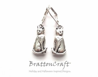 Silver Cat Earrings - Silver Sitting Cat Earrings - Cat Earrings - Silver Cat Jewelry - Cat Charms - Epsteam