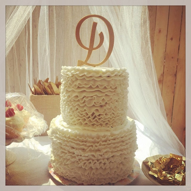 Make Your Own Wedding Topper: Custom Monogram Wedding Cake Topper
