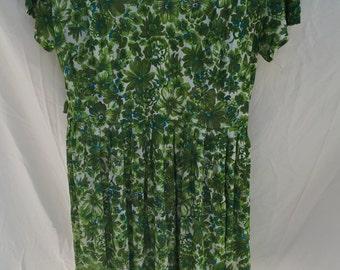 1950s/1960s Green Flower Print Dress LARGE
