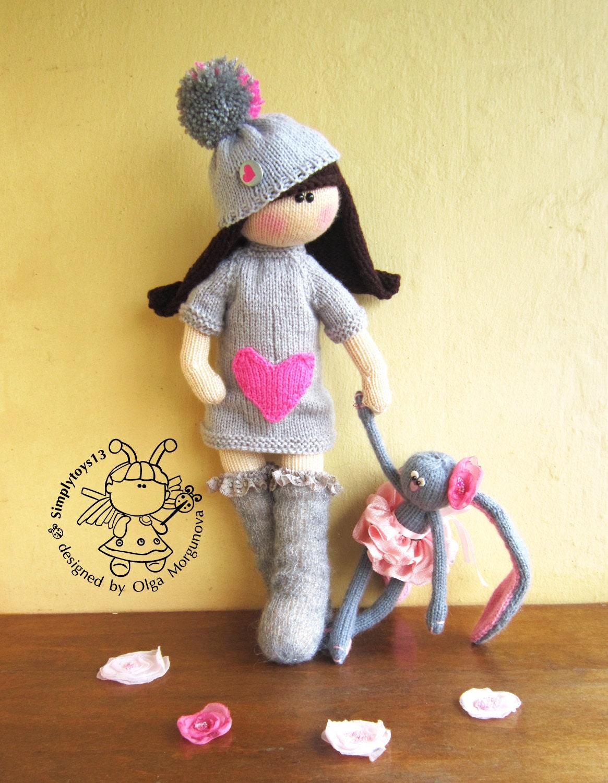 Doll Irishka knitting pattern knitted round. Amigurumi